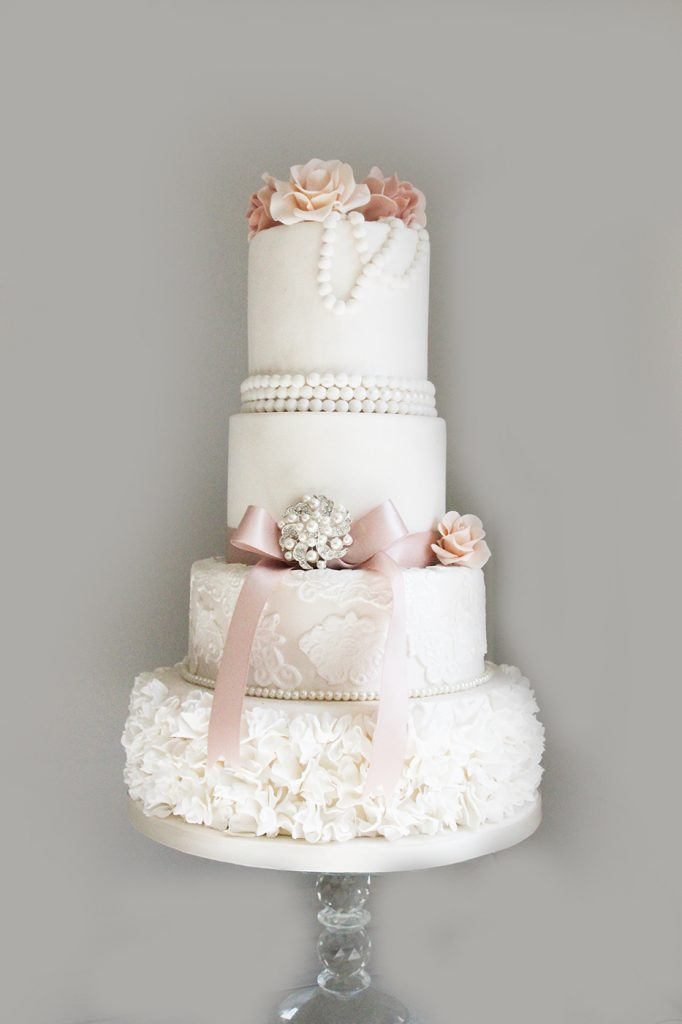 Pearl Wedding Cake Mansfield
